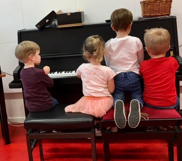Gratis Workshop Muziek Op Schoot
